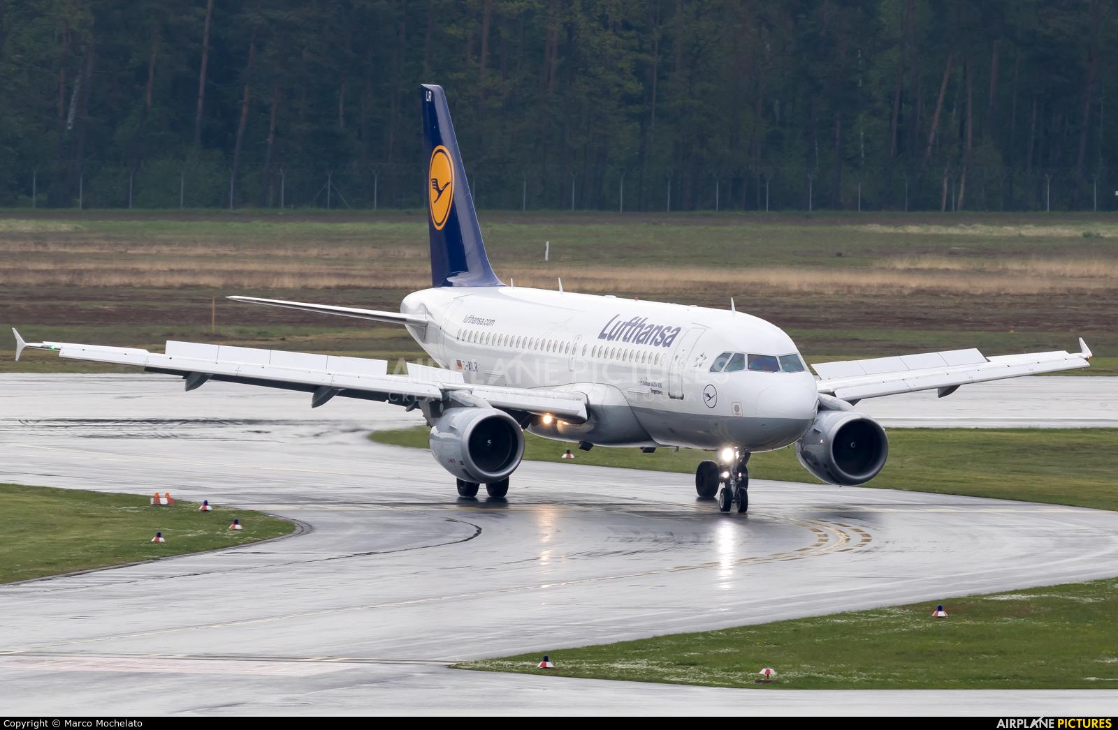 Lufthansa D-AILR aircraft at Nuremberg
