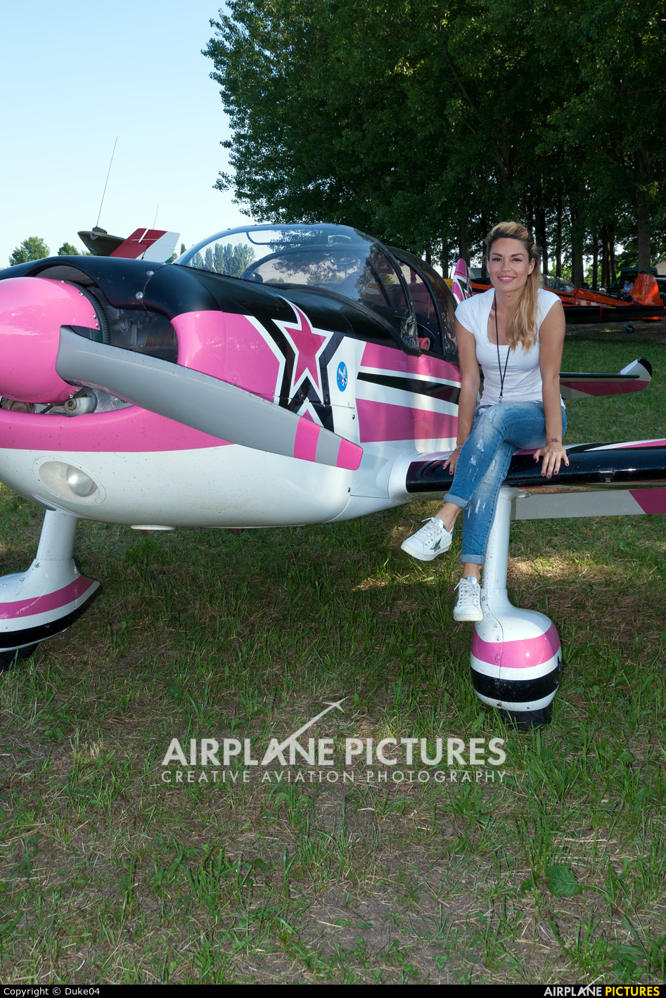 Private I-IZAI aircraft at Off Airport - Italy