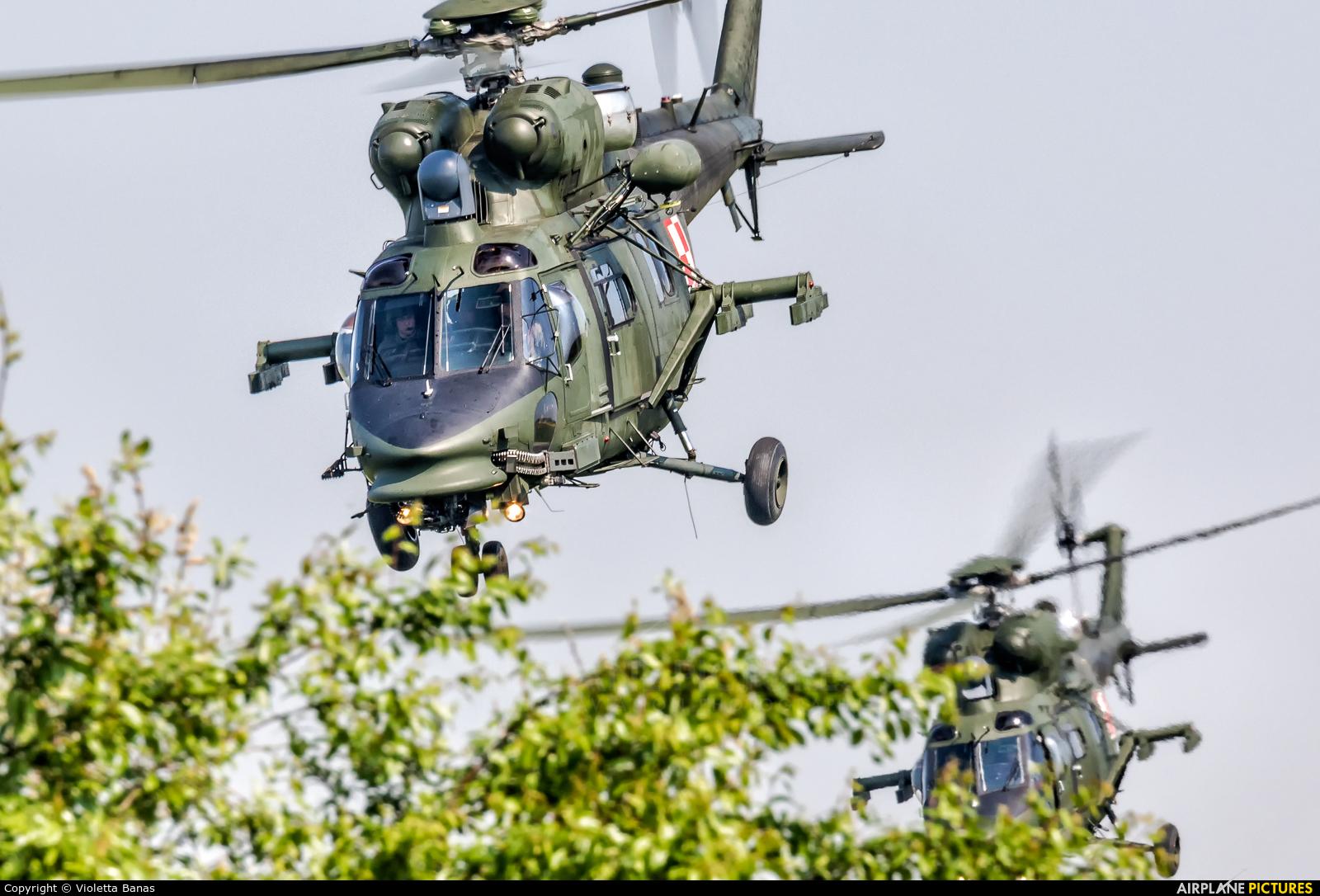 Poland - Army 0901 aircraft at Inowrocław - Latkowo