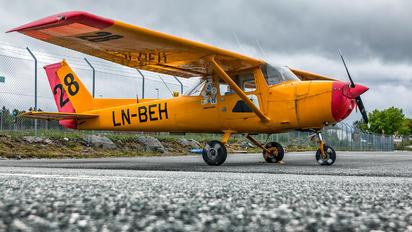 LN-BEH - Private Cessna 150