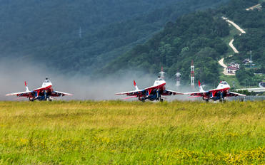 """09 - Russia - Air Force """"Strizhi"""" Mikoyan-Gurevich MiG-29"""