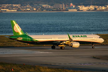 B-16225 - Eva Air Airbus A321