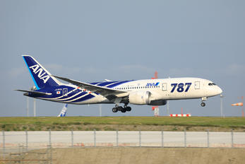 JA802A - ANA - All Nippon Airways Boeing 787-8 Dreamliner