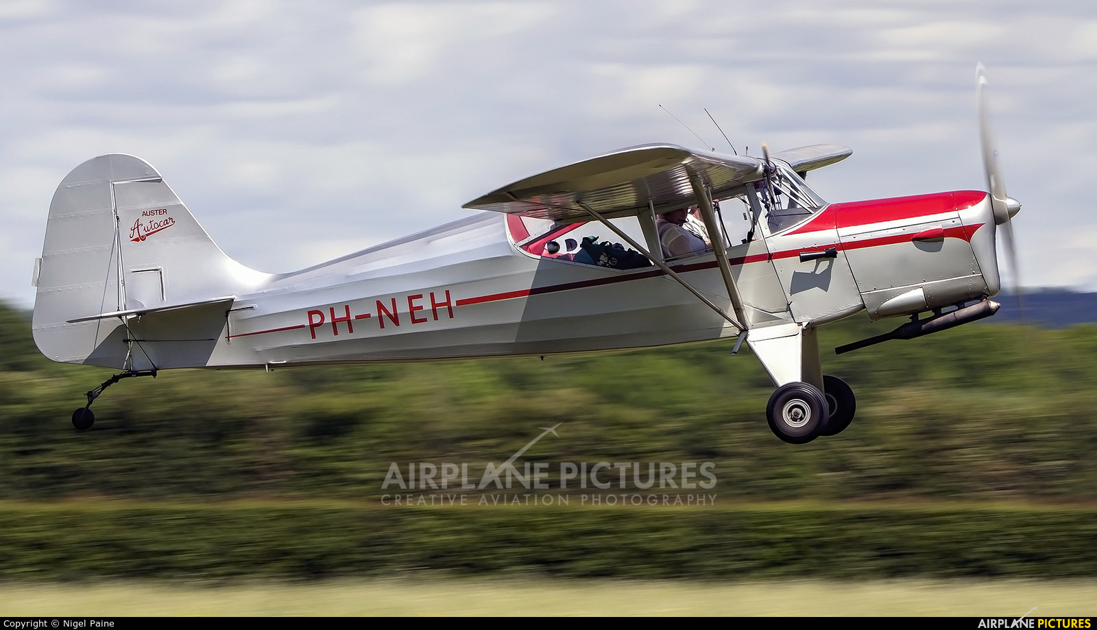 Private PH-NEH aircraft at Lashenden / Headcorn