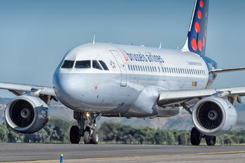 OO-SSL - Brussels Airlines Airbus A319