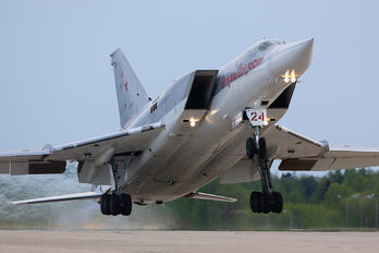 RF-94154 - Russia - Air Force Tupolev Tu-22M3