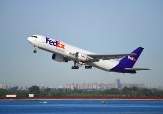 N145FE - FedEx Federal Express Boeing 767-300F