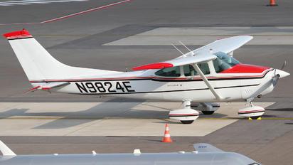 N9824E - Private Cessna 182 Skylane (all models except RG)