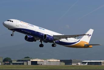 UR-COJ - YanAir Airbus A321