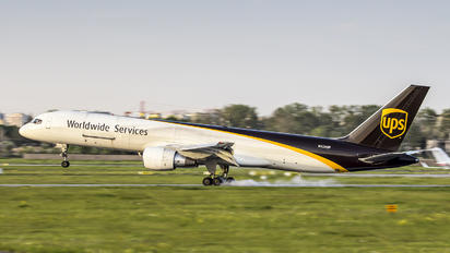 N428UP - UPS - United Parcel Service Boeing 757-200F