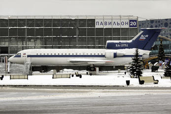 RA-19751 - Private Yakovlev Yak-42
