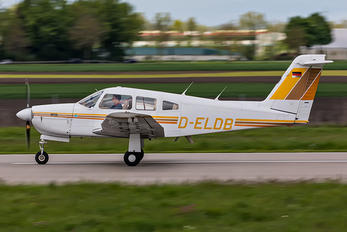 D-ELDB - Private Piper PA-28 Arrow