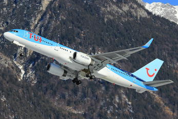 G-CPEU - TUI Boeing 757-200