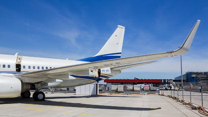 A6-DFR - Royal Jet Boeing 737-700 BBJ