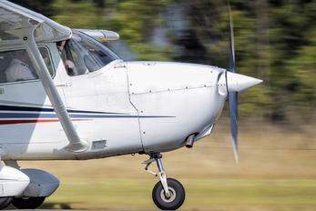 VH-RNX -  Cessna 172 Skyhawk (all models except RG)