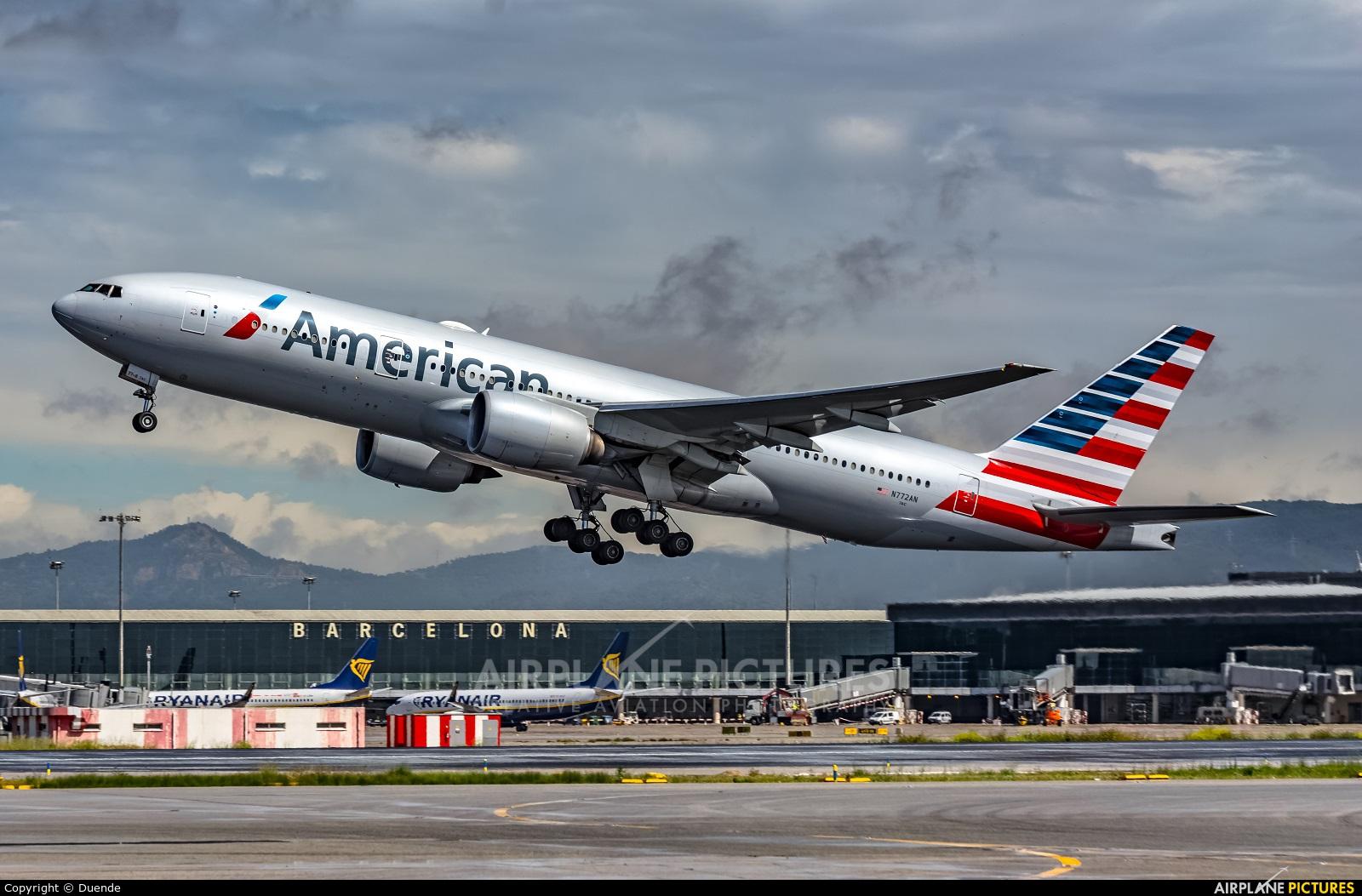 American Airlines N772AN aircraft at Barcelona - El Prat