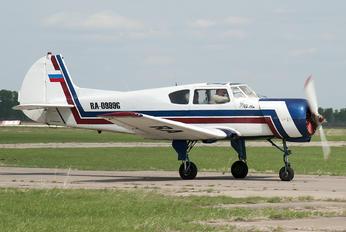RA-0999G - Private Yakovlev Yak-18T