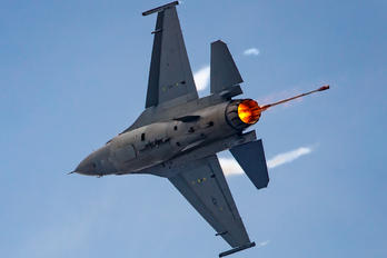 90-0805 - USA - Air Force General Dynamics F-16CJ Fighting Falcon