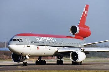 N158US - Northwest Airlines McDonnell Douglas DC-10-30