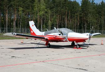 HB-LEU - Private Piper PA-34 Seneca