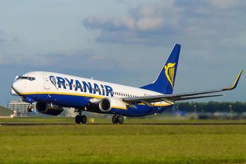 EI-DCW - Ryanair Boeing 737-800