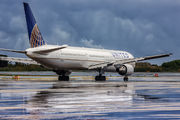 N77066 - United Airlines Boeing 767-400ER aircraft