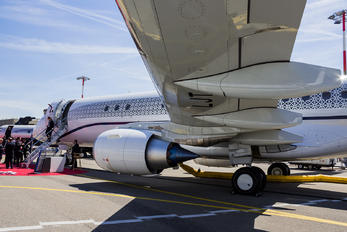 PR-LJT - Embraer Embraer ERJ-190-100 Lineage 1000