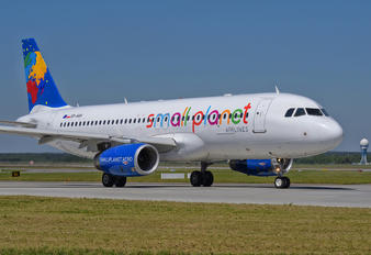 SP-HAH - Small Planet Airlines Airbus A320