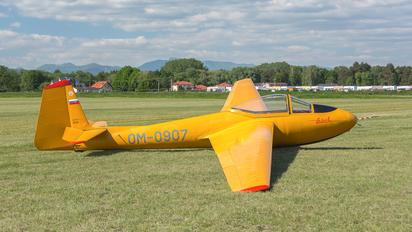 OM-0907 - Aeroklub Prievidza LF 107