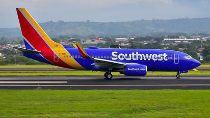 N7711N - Southwest Airlines Boeing 737-700