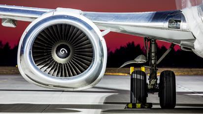 F-GZTJ - ASL Airlines Boeing 737-400SF