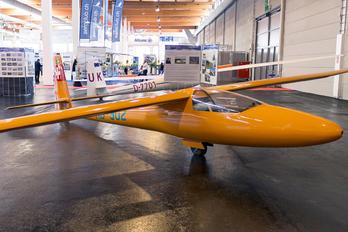 HB-902 - Private Neukom Elfe S3