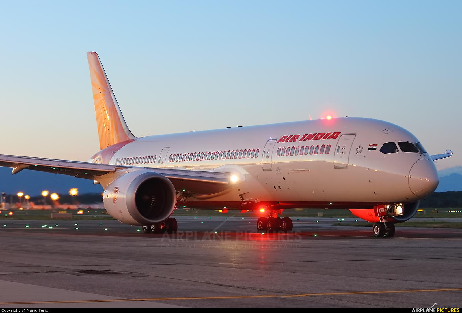 Air India VT-ANN aircraft at Milan - Malpensa