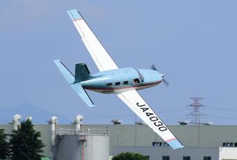 JA4030 - Private Piper PA-46 Malibu / Mirage / Matrix