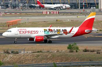 EC-LYE - Iberia Express Airbus A320