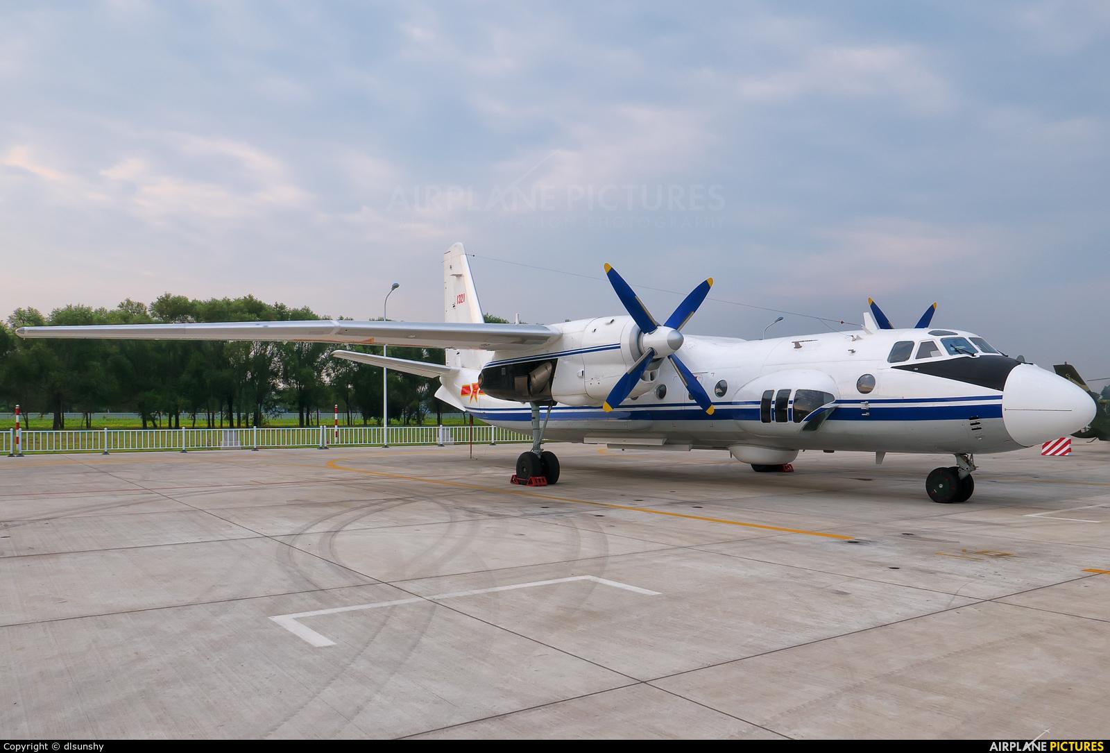 1321 - China - Air Force Xian Y-7 at Changchun Longjia Int ...