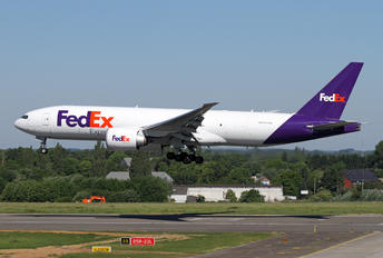 N885FD - FedEx Federal Express Boeing 777F