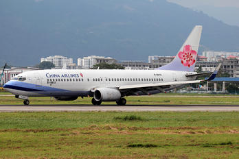B-18612 - China Airlines Boeing 737-800