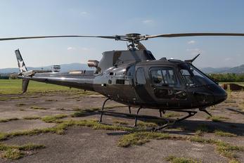 M-ACRO - Private Eurocopter EC350