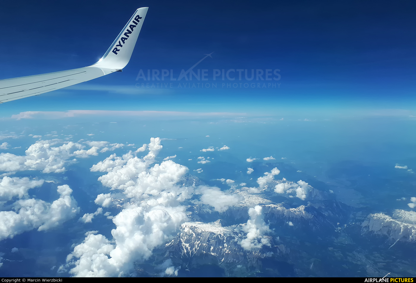 Ryanair EI-FEF aircraft at In Flight - International