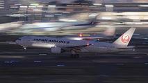 JA008D - JAL - Japan Airlines Boeing 777-200 aircraft