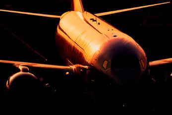 VT-SZI - SpiceJet Boeing 737-800