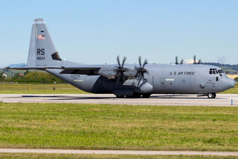 08-8604 - USA - Air Force Lockheed C-130J Hercules