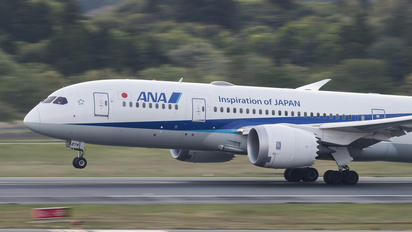 JA874A - ANA - All Nippon Airways Boeing 787-8 Dreamliner