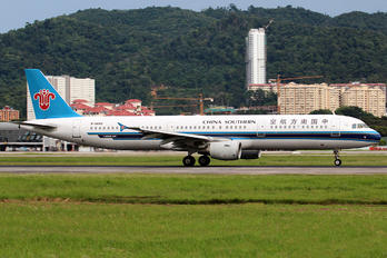 B-6685 - China Southern Airlines Airbus A321
