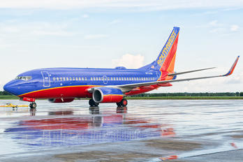 N7743B - Southwest Airlines Boeing 737-700