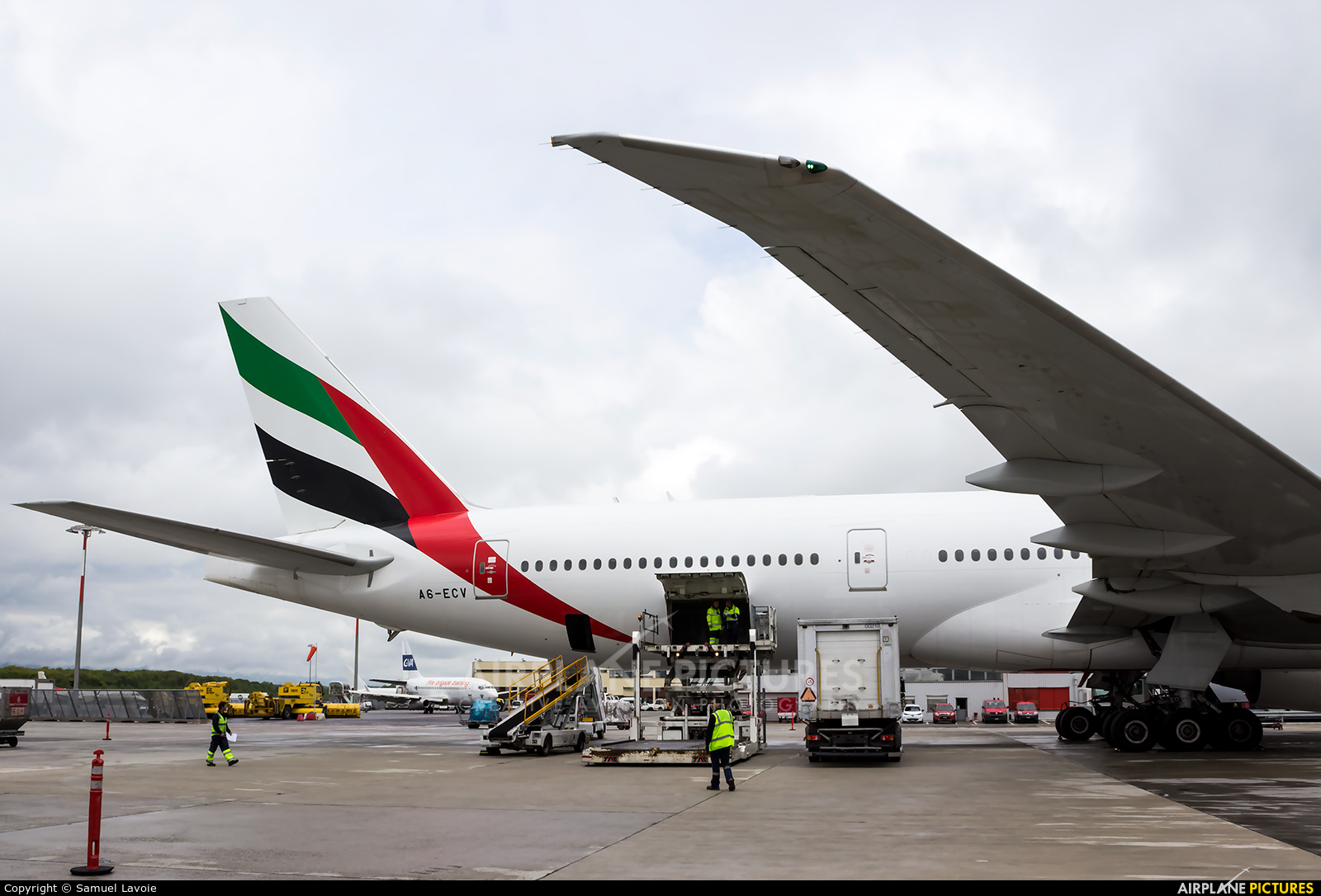 Emirates Airlines A6-ECV aircraft at Geneva Intl