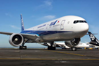 JA783A - ANA - All Nippon Airways Boeing 777-300ER