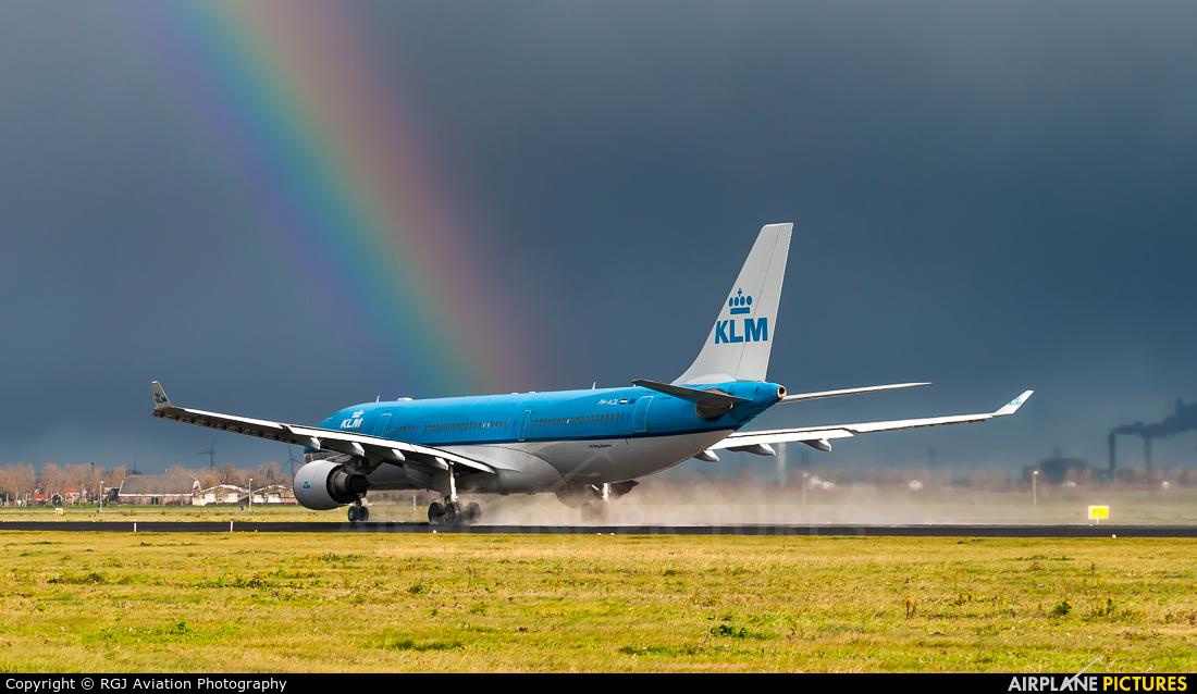 KLM PH-AOL aircraft at Amsterdam - Schiphol