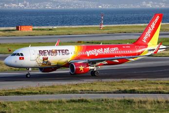 VN-A655 - VietJet Air Airbus A320